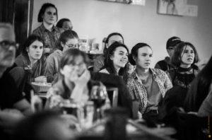 Jeunes participants de pocket film